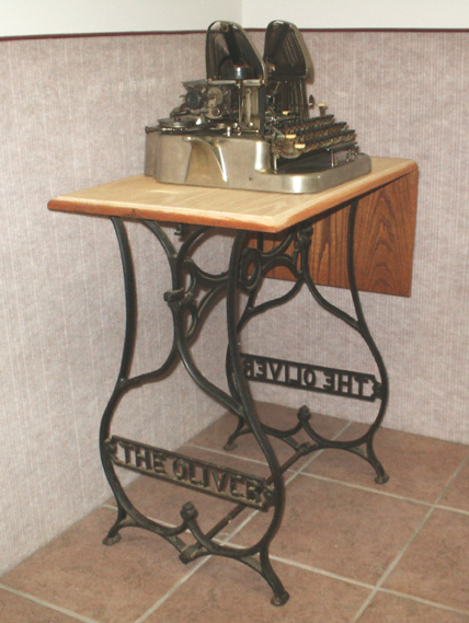 The Oliver Typing Stand